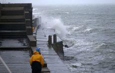 Thumb storm lorenzo waves dun laoghaire rollingnews