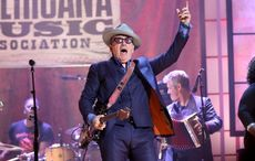 Thumb_elvis_costello_getty