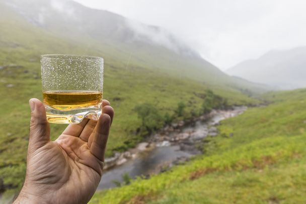 Irish whiskey and liqueurs are set to be protected as European Geographical Indications (GIs) in China as part of a new trade agreement.