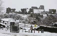 Thumb cropped rock of dunamase  dunmaise   county laois snow rollingnews