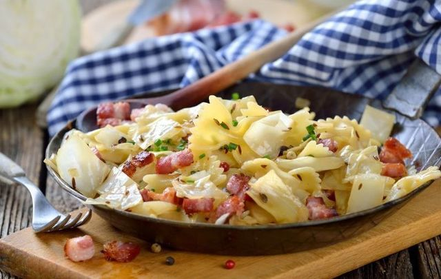 Bacon and cabbage pasta sounds unusual, but this chef promises it\'s delicious!