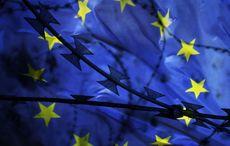 Thumb european flag fences getty