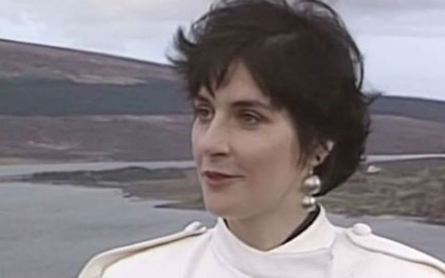In 1987, Irish songstress Enya chatted about her Irish upbringing and how it shaped her career.