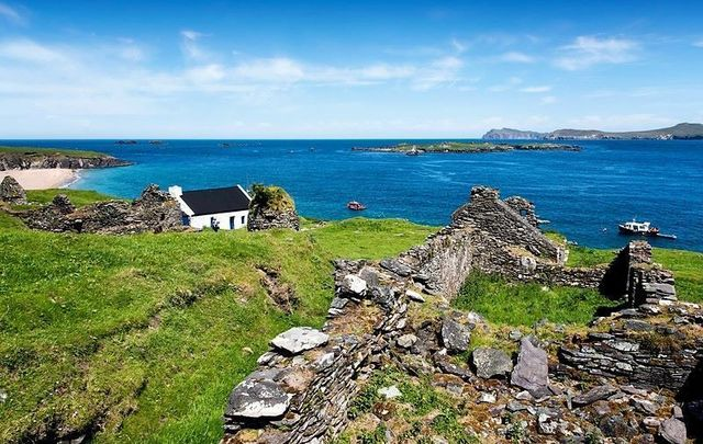 The Great Blasket Island off the coast of Co Kerry is in need of two people to mind the area\'s accommodation and coffee shop.
