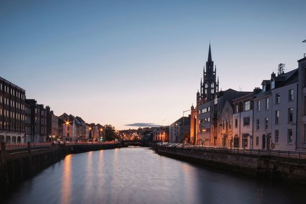 The River Lee, Cork City.
