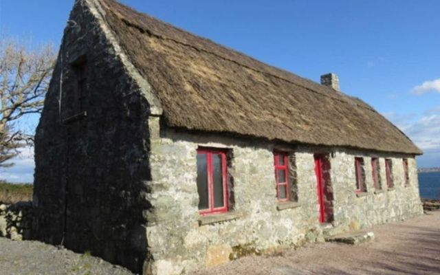 Barrderry Cottage has some spectacular views of Ireland\'s west coast.