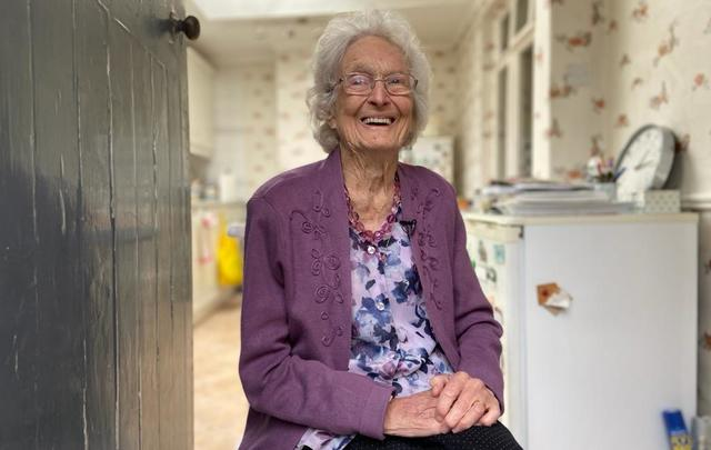 Margaret Lynch, aged 100, has passed away.