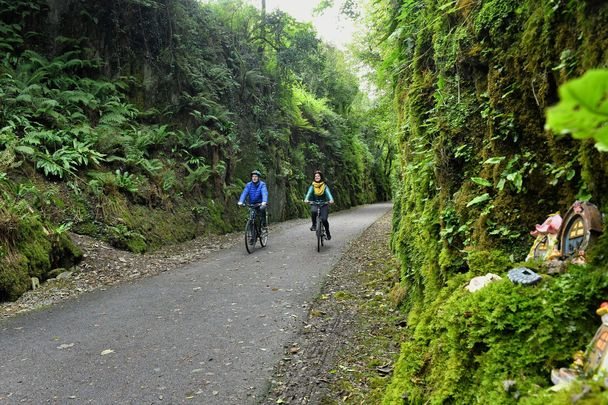 A boost for Kerry! Couple enjoying the hugely successful Waterford Greenway.