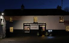 Irish pubs launch #KEEPTHELIGHTSON campaign to promote safe reopening