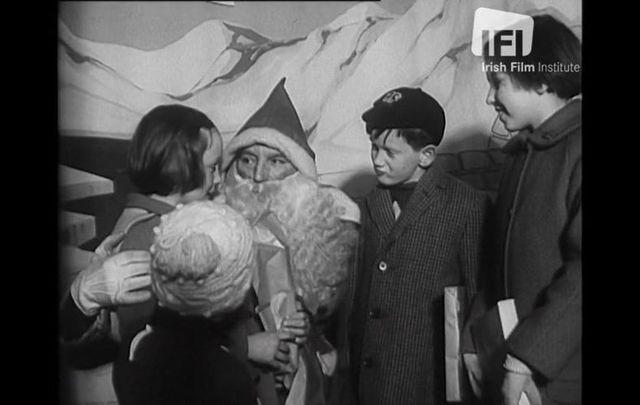 Children getting to meet Santa Claus in Dublin ahead of Christmas in 1963.