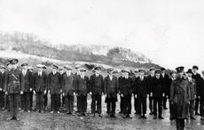 Thumb ira soldiers donegal march 1922   getty
