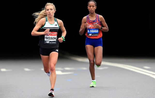 US runner Emily Sisson (left) at the 2019 London Marathon