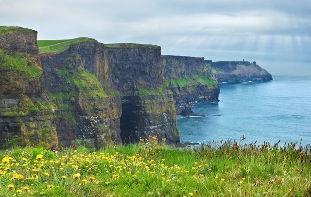 Entry to the Cliffs of Moher will be free on April 17, Ireland\'s first Tourism Day.
