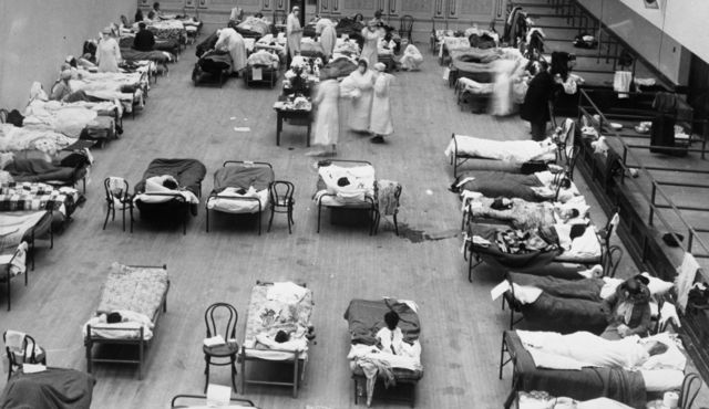 An emergency hospital set up to deal with Spanish Flu.