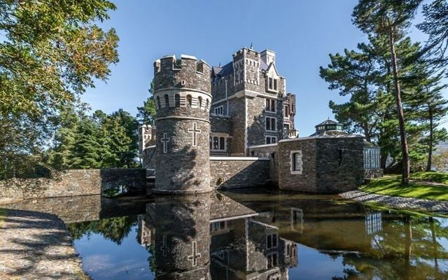 An Culu Castle in Kerry is the height of luxury