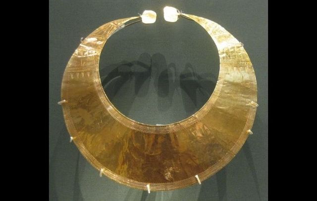 A gold lunula that was discovered in Blessington, Co. Wicklow.