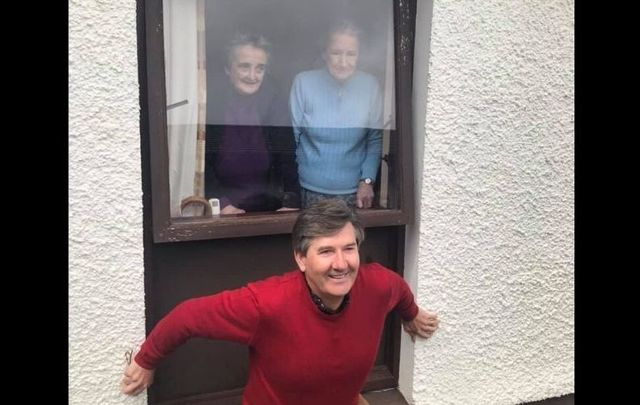 Daniel O\'Donnell surprised residents at Falcarragh Community Hospital with the mini-concert.