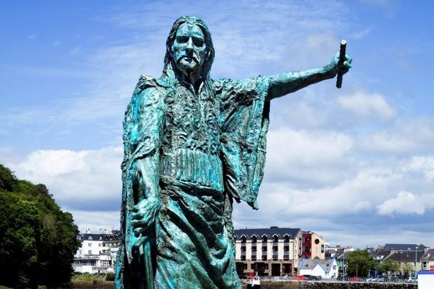 A statue of Red Hugh O\'Donnell in Co Donegal.