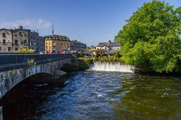 The River Corrib in the center of Galway city.