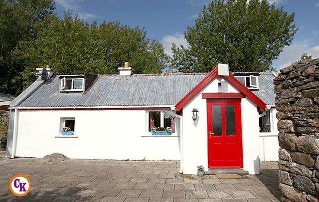 This cottage in Co Mayo is being raffled for just €10 per entry.