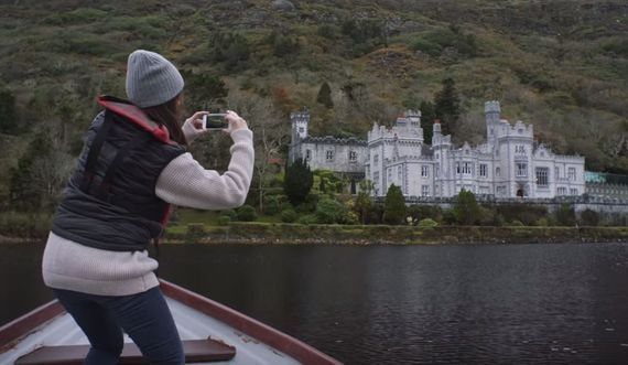 There are growing reports of American tourists in Ireland.