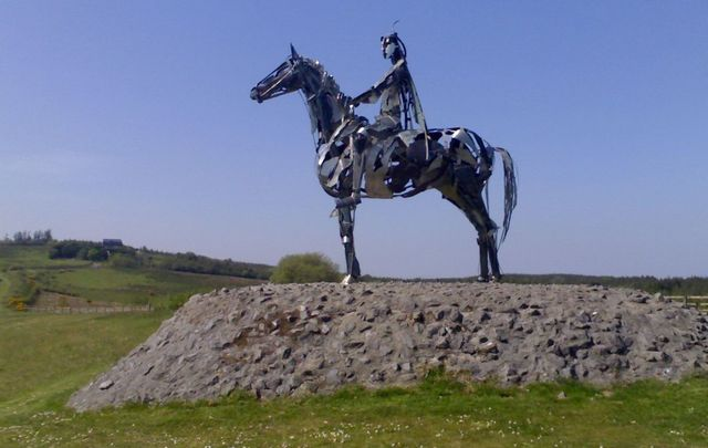 A statue of Red Hugh O\'Donnell in Donegal Town.
