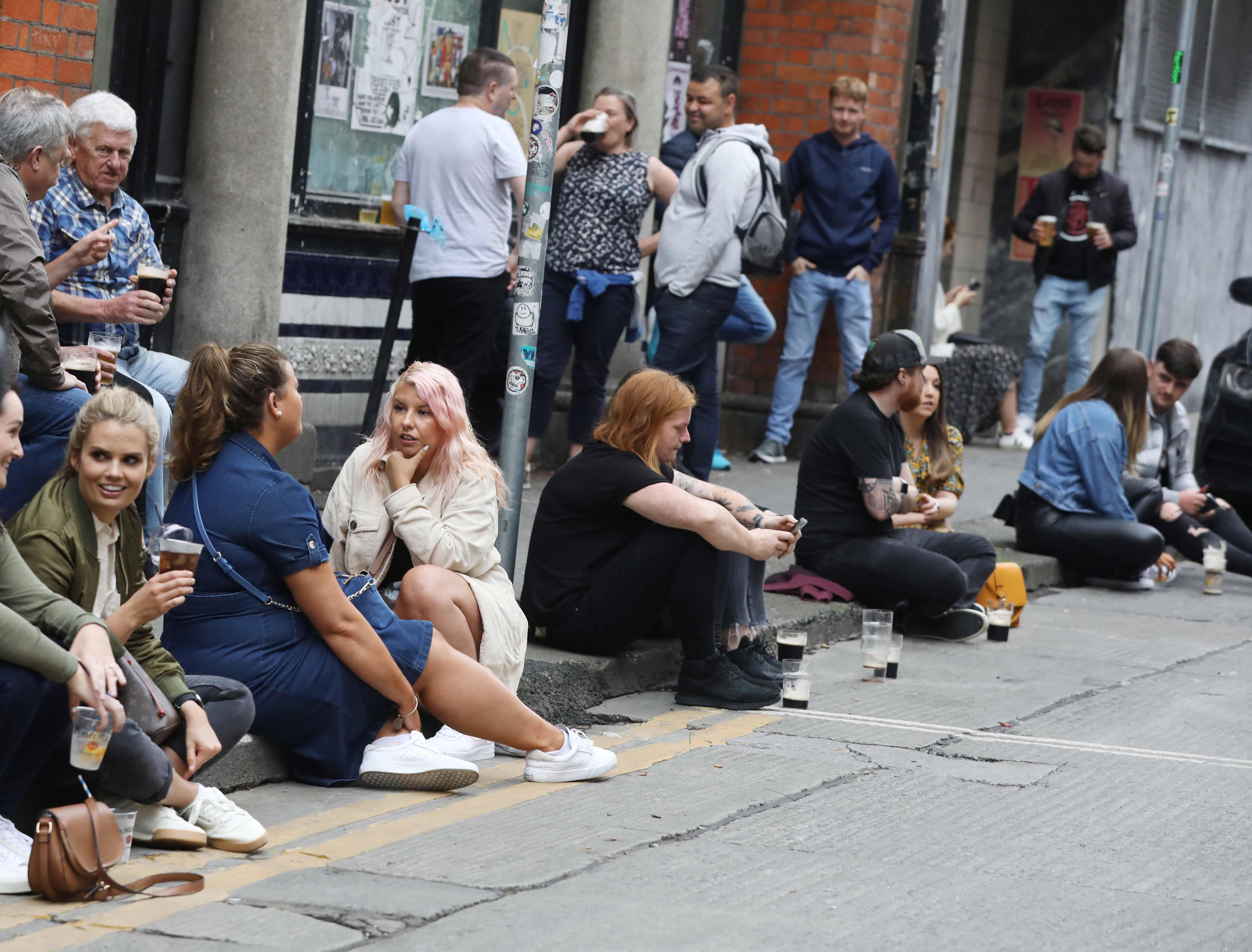 COVID isn't over – Irish pub goers warned as public flaunt rules