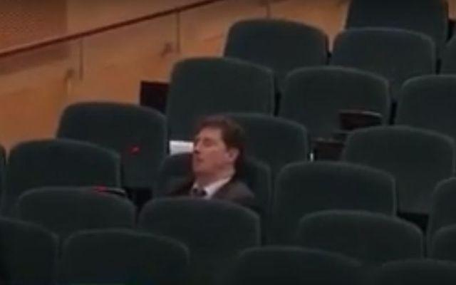 Eamon Ryan fell asleep during a Dáil vote on Thursday.
