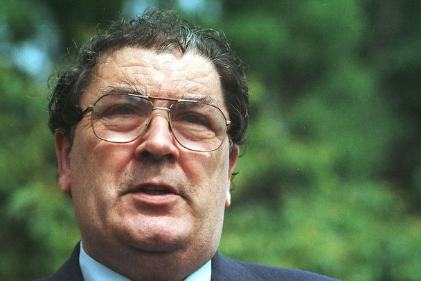 John Hume, pictured here on June 17, 1997, speaking with media outside Dublin Castle.