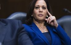 Thumb kamala harris getty