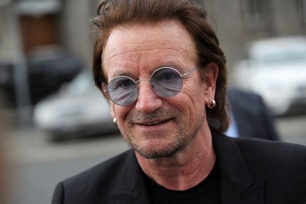 U2 frontman Bono paid tribute to Irish politician and peacemaker John Hume.