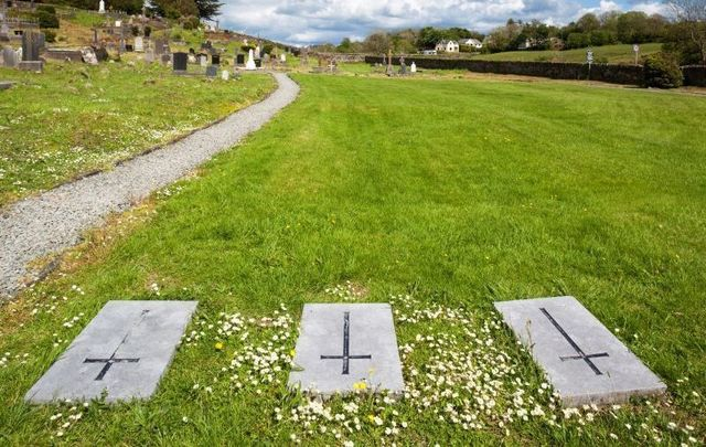 Skibbereen, Co Cork: Abbeystrowry Cemetery and the memorial to the 10,000 dead during the Irish Famine, 1845-1850