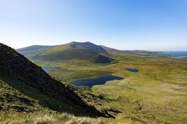 Connor\'s Pass, with a view of Dingle, in County Kerry.