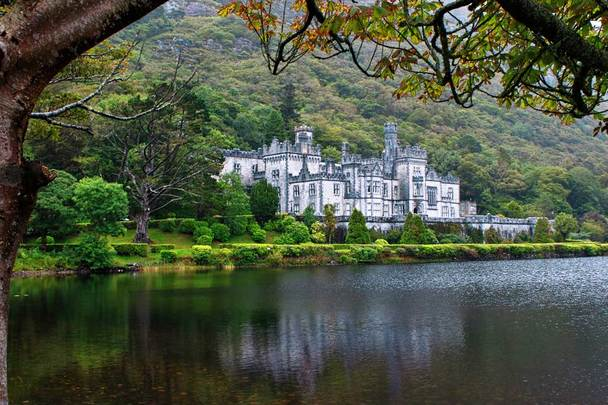 Kylemore Abbey: A Benedictine monastery on the grounds of Kylemore Castle, in Connemara, County Galway,