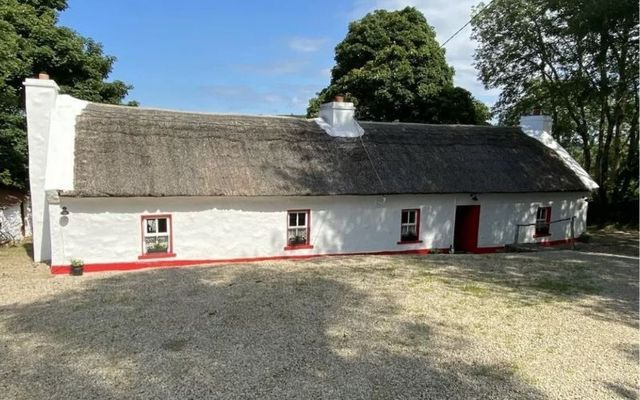 Violet Cottage outside Ballyshannon enjoys absolutely beautiful views.