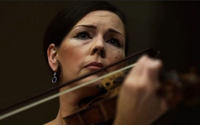 Irish violinist Patricia Treacy performing at Chicago\'s Old St. Patrick\'s Cathedral ahead of Joe Biden\'s inauguration.