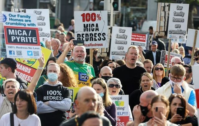 October 8, 2021: Crowds descend upon Dublin for the \'mica protest,\' demanding 100% redress for mica homeowners.