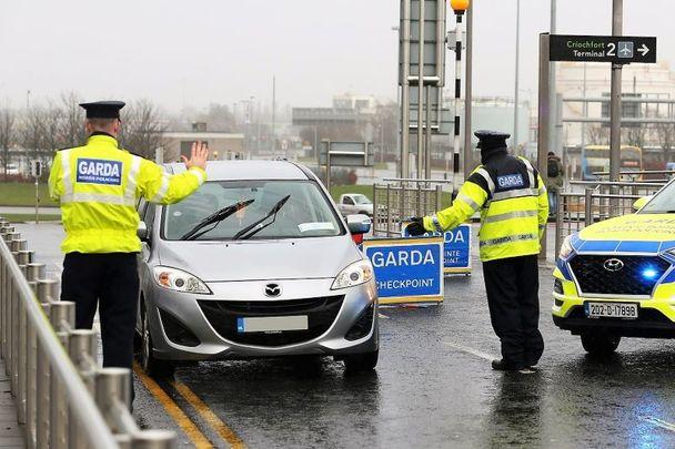 A garda (Irish police) COVID airport checkpoint in Dublin