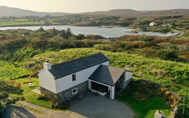 The cottage overlooks Toormore Bay on the Atlantic Ocean.