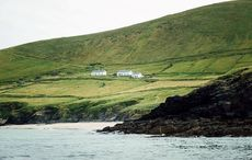 Couple win caretaker job on Ireland's deserted Blasket Island after worldwide competition  (copy)
