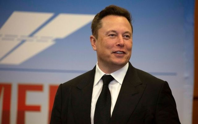 Tesla CEO Elon Musk plans to provide high-speed internet access around the world with his Starlink project.