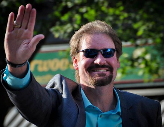 Boston Hall of Fame third baseman Wade Boggs, who also played for the Yankees, can claim Irish ancestry through his great-great-great-great-great-grandfather Peter Donnelly, who was born in Dublin in 1720.