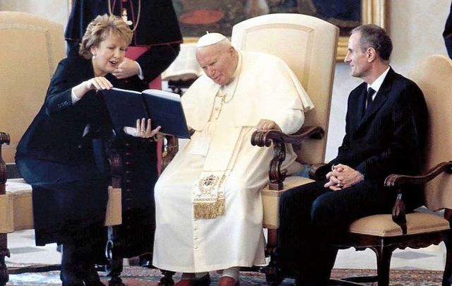 November 6, 2003: President Mary McAleese and husband Dr. Martin McAleese pictured meeting His Holiness Pope John Paul II at the Vatican during the president\'s three-day official visit to Rome.