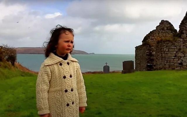 Four-year-old Emma Sophia sings \'Danny Boy.\'