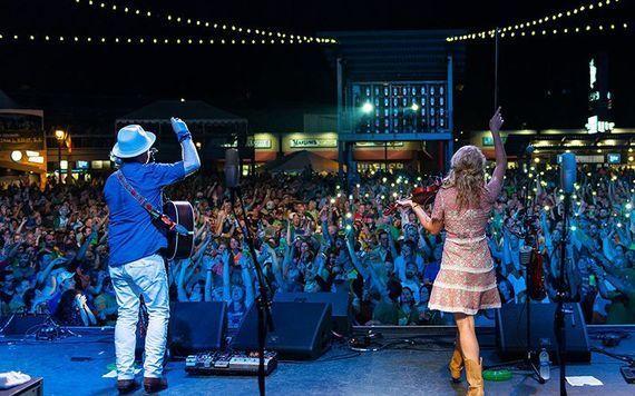 Crowds enjoying the Milwaukee Irish Fest entertainment