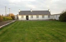 12-bedroom house on Wild Atlantic Way on the market for just $170k