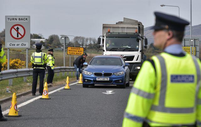 Police at the Northern Irish border.