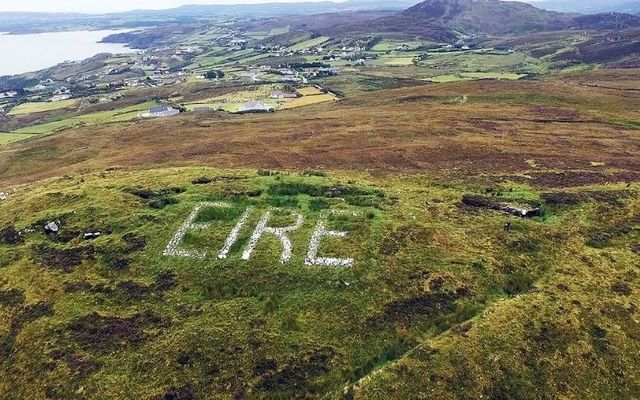 An Éire sign in Glengad Head, County Donegal.