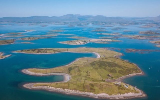 Collanmore Island Lodge offers breathtaking views of Clew Bay.