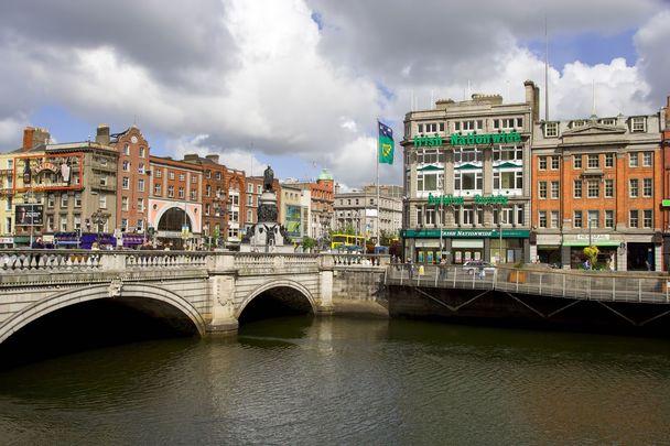 Dublin\'s O\'Connell Bridge.